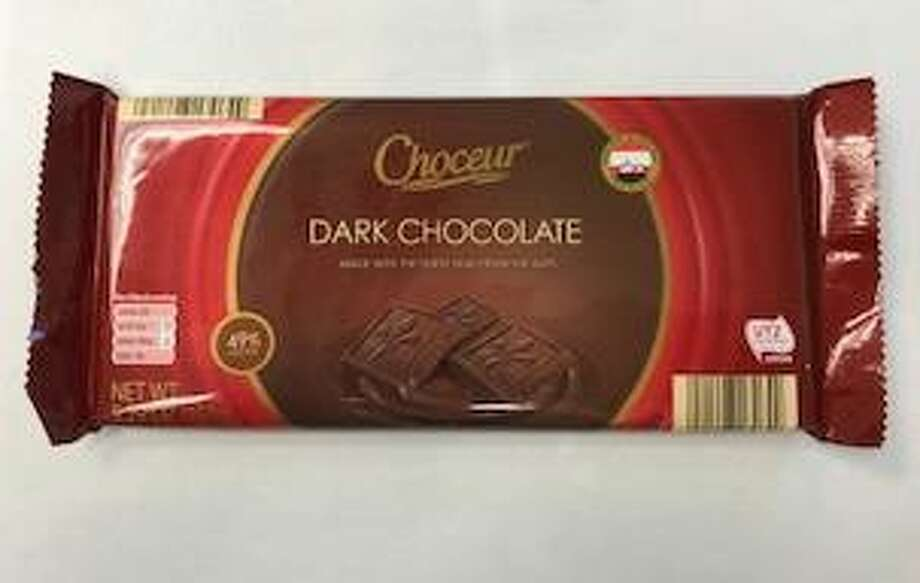 The supermarket chain Aldi has voluntarily recalled Choceur Dark Chocolate Bars in several states — including Connecticut — due to the potential presence of almond pieces not listed on packaging. Photo courtesy of the U.S. Food and Drug Administration. Photo: Contributed / Contributed