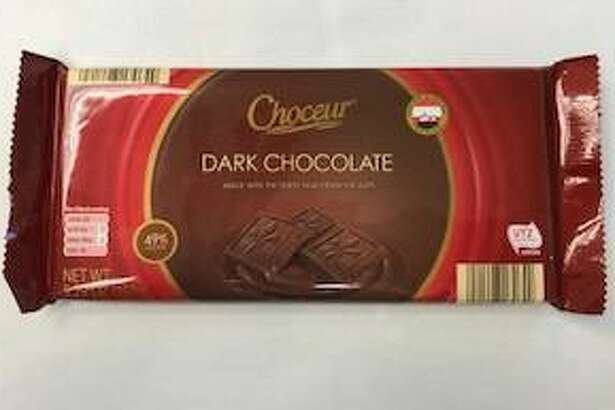 The supermarket chain Aldi has voluntarily recalled Choceur Dark Chocolate Bars in several states — including Connecticut — due to the potential presence of almond pieces not listed on packaging. Photo courtesy of the U.S. Food and Drug Administration.