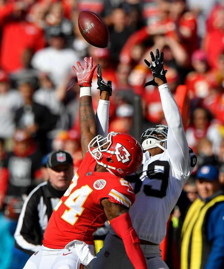 Cowboys' David Irving, Orlando Scandrick unlikely to play vs. Raiders