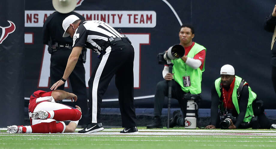 Houston Texans quarterback Tom Savage (3) lies on the turf after getting sacked and suffering a concussion during the second quarter of an NFL football game at NRG Stadium, Sunday, Dec. 10, 2017, in Houston.  ( Karen Warren / Houston Chronicle ) Photo: Karen Warren/Houston Chronicle