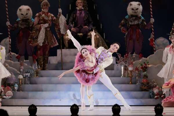 "Nozomi Iijima and Connor Walsh danced a perfect grand pas de deux in ""The Nutcracker."""