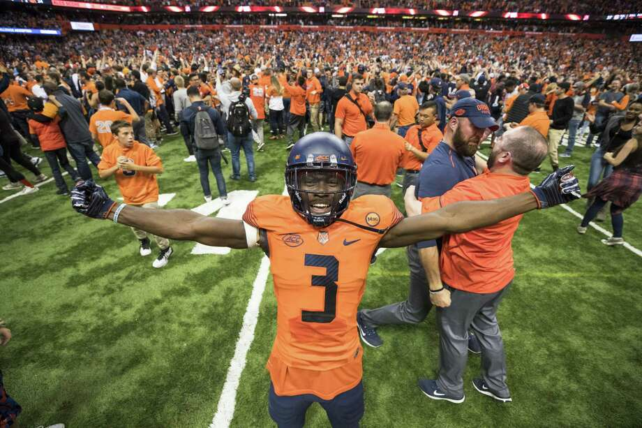 Syracuse's Ervin Philips celebrates his team's upset win over Clemson this past October in Syracuse, New York. Photo: Brett Carlsen / Getty Images / 2017 Getty Images