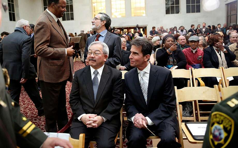 Mayor Ed Lee and state Sen. Mark Leno chat before sheriff Vicki Hennessy is sworn into office at City Hall in San Francisco on Jan. 8, 2015. Photo: Liz Hafalia, The Chronicle