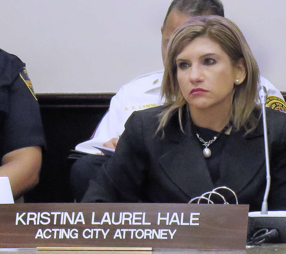 Acting City Attorney Kristina Laurel Hale at City Council special meeting on May 8, 2017. Photo: Cuate Santos/Laredo Morning Times