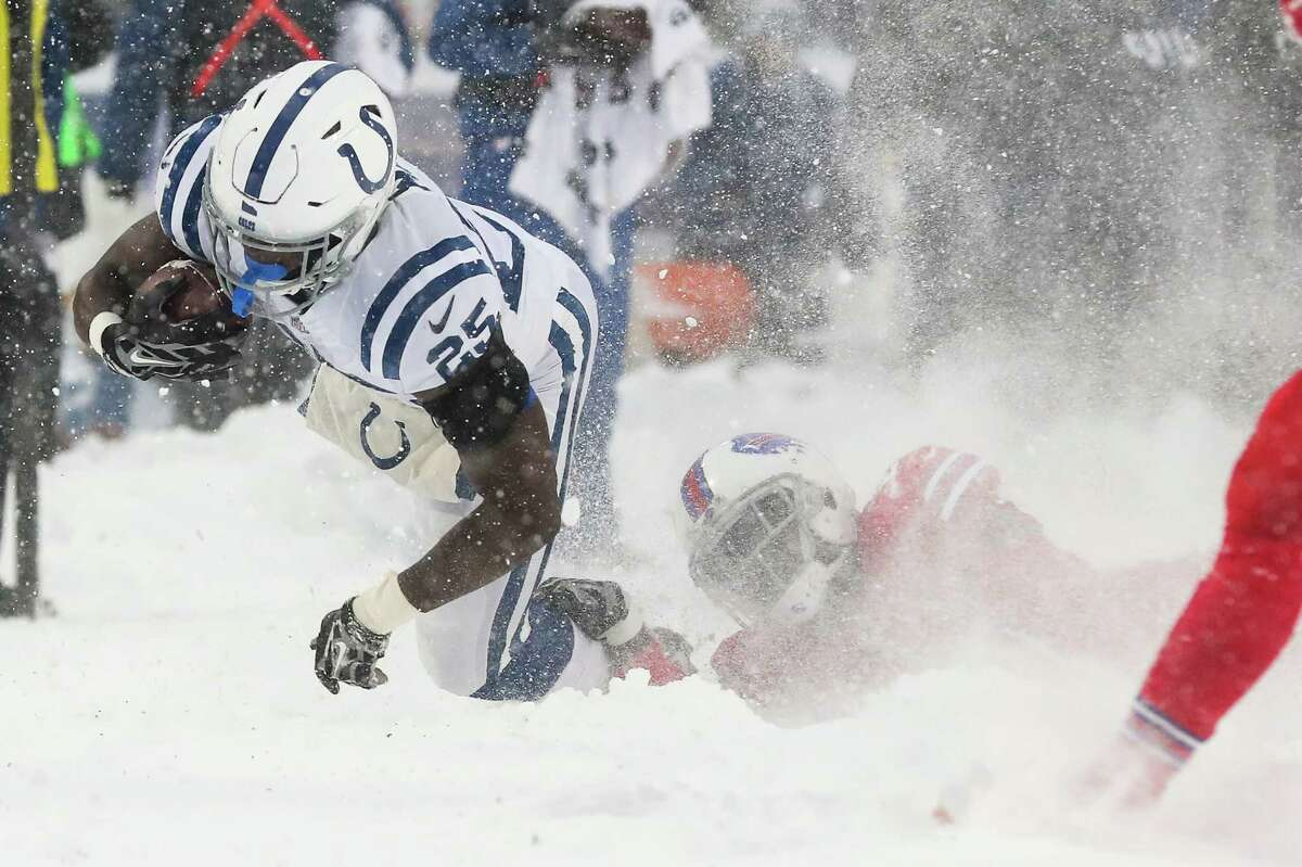 JOHN McCLAIN'S NFL POWER RANKINGS: WEEK 15 30.Indianapolis3-10 Last week: 27 The best thing the Colts have is veteran running back Frank Gore, who had 36 carries for 130 yards in their loss at Buffalo.