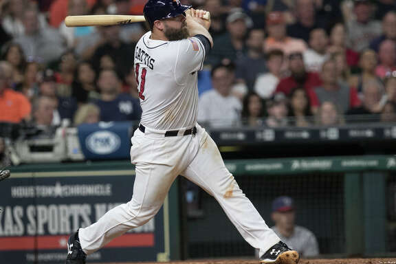 Houston Astros catcher Evan Gattis (11) hits a double during the bottom sixth inning of the game at Minute Maid Park Saturday, July 1, 2017, in Houston. ( Yi-Chin Lee / Houston Chronicle )