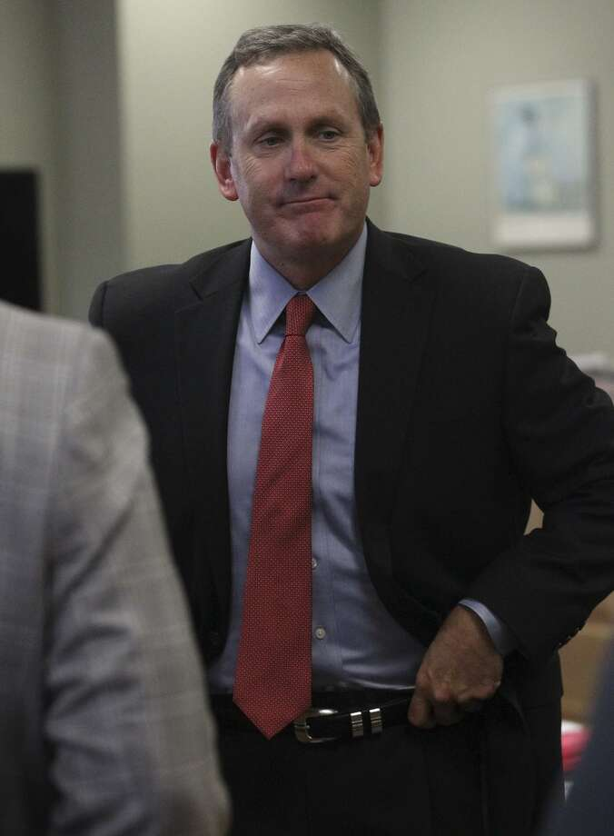Contractor Geoffery Comstock's lead attorney, Mike McCrum, seen in 2014, told the jury that his client wasn't knowingly committing fraud, but merely adjusting to the city's change in practices. Photo: John Davenport /San Antonio Express-News / ©San Antonio Express-News