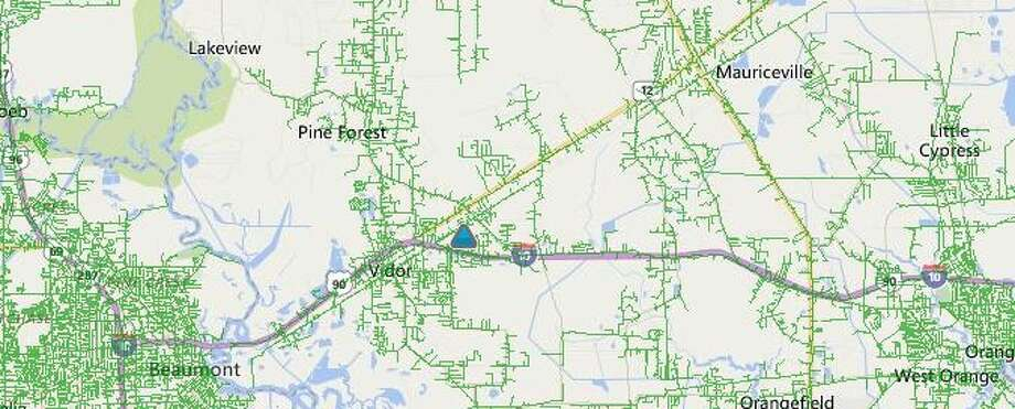 A vehicle wreck that downed multiple power lines and utility poles has caused a power outage in part of Vidor in the Timberlane Street and Maplewood Drive area. Photo: Entergy Power Outage Map