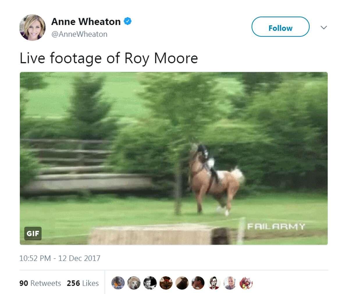 @AnneWheaton