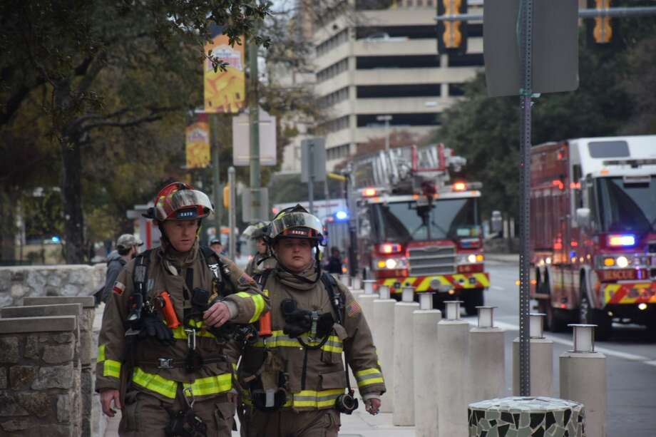 Firefighters on Wednesday responded to a fire at the Grand Hyatt hotel in downtown San Antonio. Photo: Caleb Downs