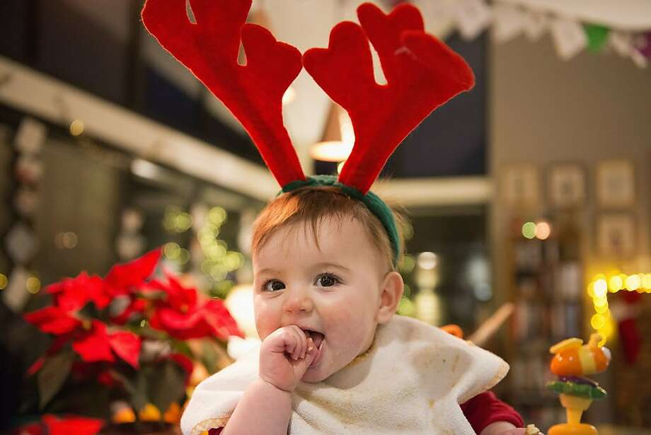 Dear Abby readers told a mom that it's OK to be a Christmas baby. Photo: Mint Images, Getty Images/Mint Images RF