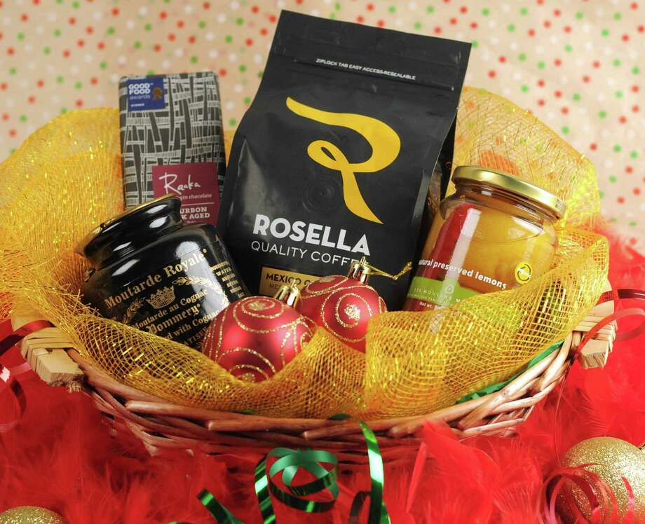 Last-minute DIY grocery gift baskets to save the day