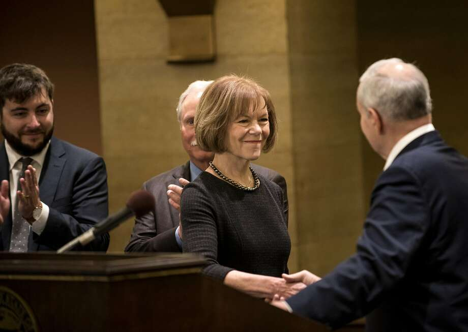 Gov. Dayton appoints Lt. Gov. Tina Smith to replace Franken in Senate