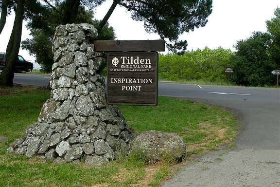 The parking area at Inspiration Point at Tilden Regional Park often fills on weekend, but after most make the short walk to the lookout on Nimitz Way, they return to open up space.