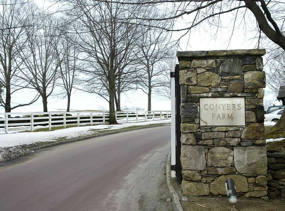The Conyers Farm entrance to Hurlingham Drive in Greenwich, a private gated community. Photo: File Photo / Greenwich Time File Photo