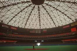 09/20/1989 - Interior: Astrodome after its face-lift in 1988.