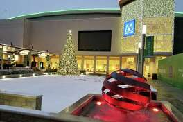 Family friendly events at Memorial City Mall this December include Giant Game Night and Snow at the Square