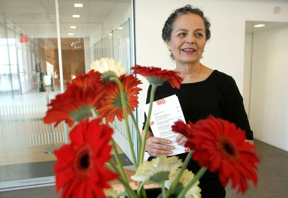 Maitre d' Rosemarie McKeon at Cafe 5 at the San Francisco Museum of Modern Art. Photo: Michael Macor, The Chronicle