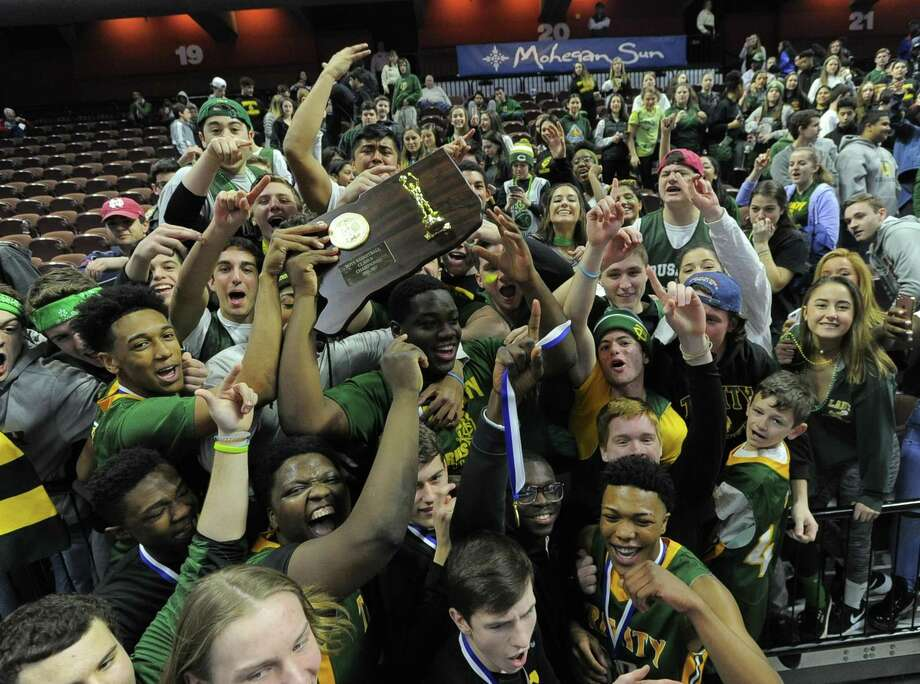 Trinity Catholic defeated Westbrook 61-52 in the CIAC Class S boys basketballl final at The Mohegan Sun Arena in Uncasville, Conn. on March 18, 2017. Photo: Matthew Brown / Hearst Connecticut Media / Stamford Advocate