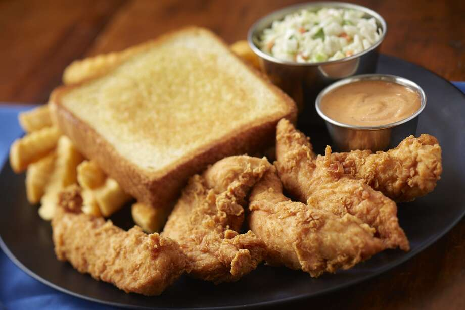 The chicken finger plate at Zaxby's. Photo: Zaxby's