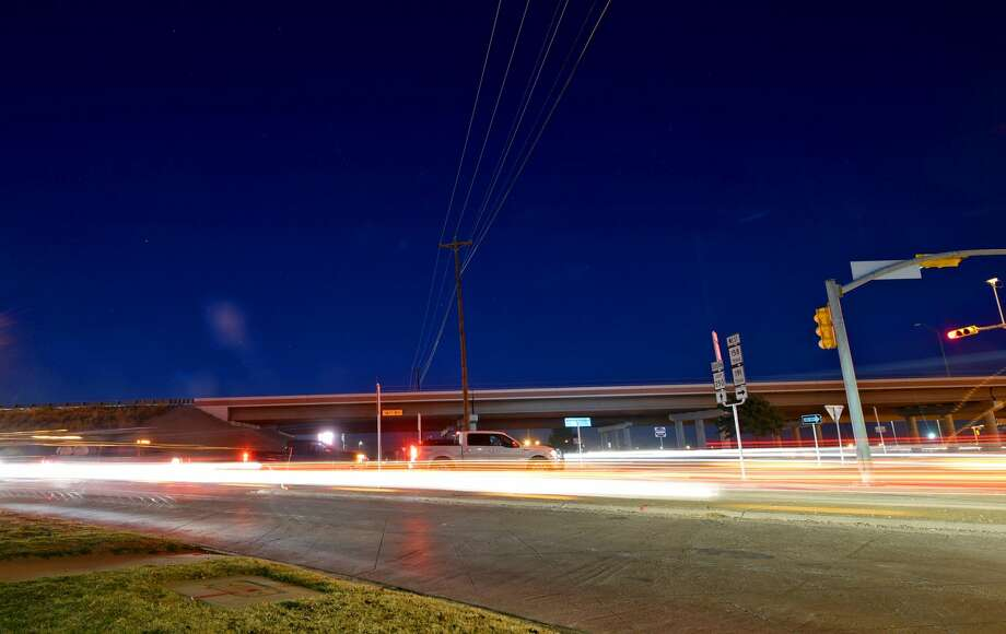 Traffic at the intersection of Loop 250 and Highway 191 photographed Dec. 13, 2017. James Durbin/Reporter-Telegram Photo: James Durbin