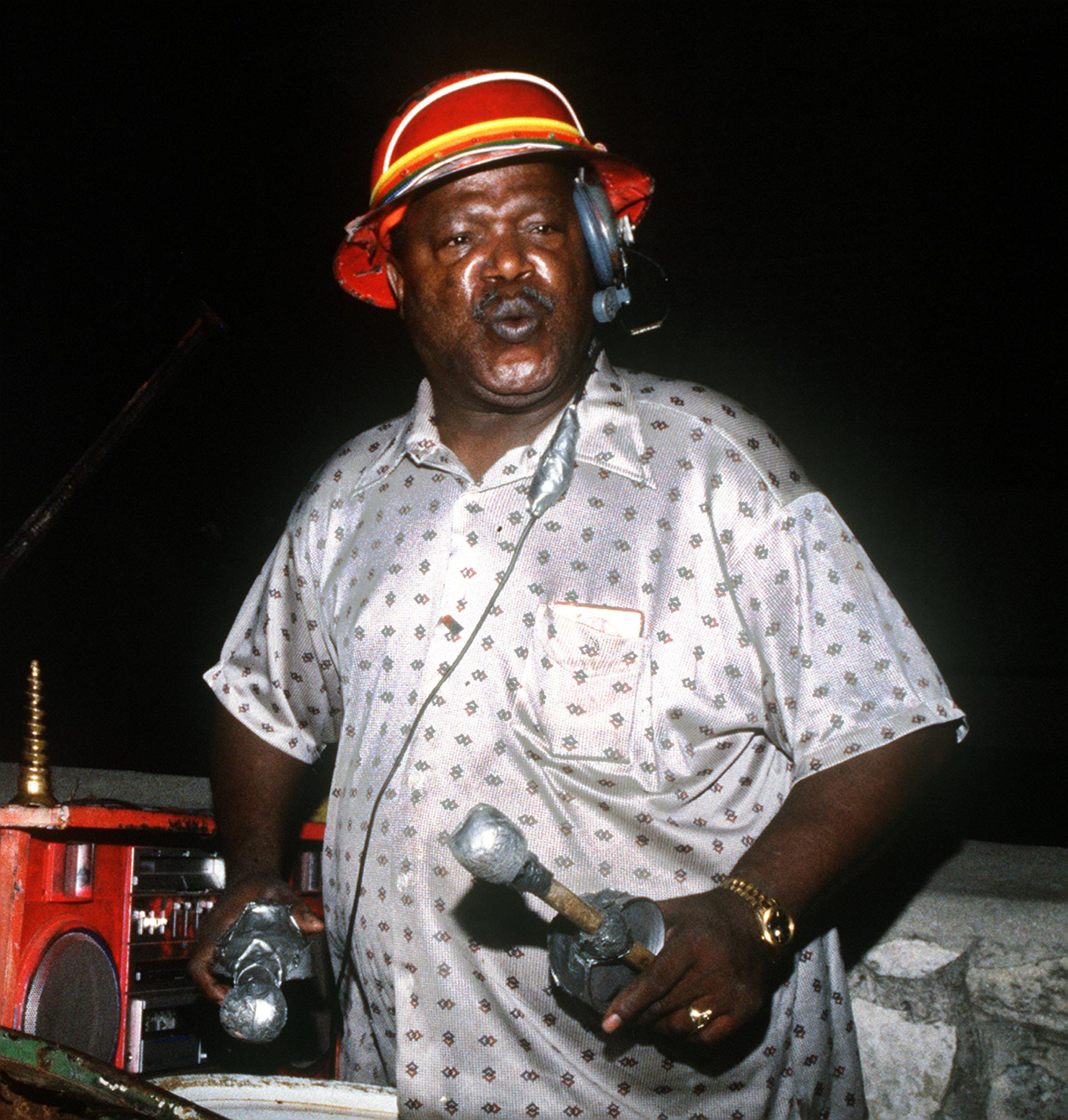 Bongo Joe Was A Colorful Street Musician Expressnews Com