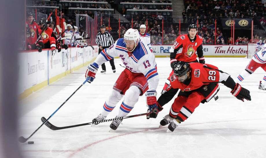 Senators snap 5-game skid with win over Rangers