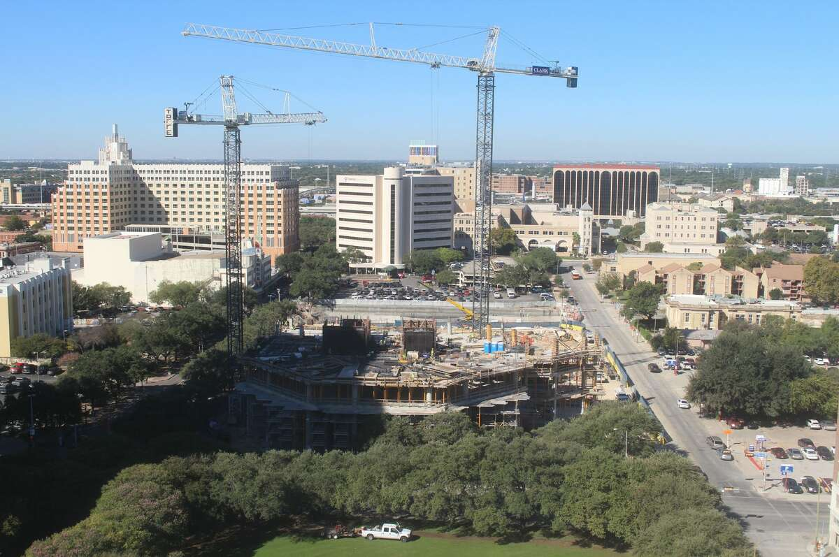 Time-lapse from the OxBlue Corp. show construction progress for the Frost Bank Tower in downtown San Antonio on Oct. 17.