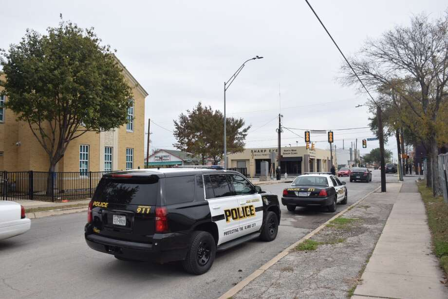 A North Side high school was placed on lockdown Thursday morning after a student received threatening text messages from her boyfriend, according to a San Antonio ISD official. Photo: Caleb Downs / San Antonio Express-News