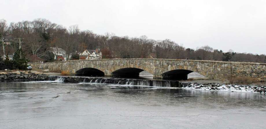Darien's first holiday caroling event will be held on Dec. 17 on the Ring's End Bridge overlooking Gorham Pond. Photo: Erin Kayata / Hearst Connecticut Media / Darien News