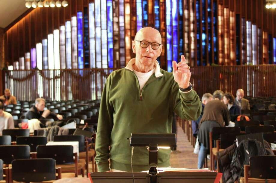 Arthur Sjogren conducts at a rehearsal on Dec. 8, 2017 at Presbyterian Church in New Canaan. Photo: Humberto J. Rocha / Hearst Connecticut Media