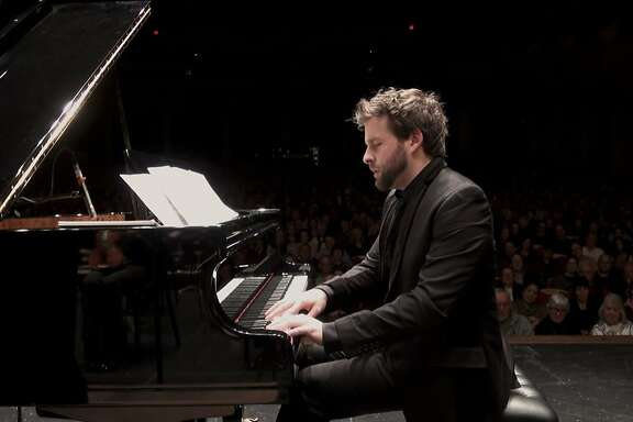 Menlo Park native and pianist Taylor Eigsti is scheduled to perform at Piedmont Piano Company on Dec. 22-23.