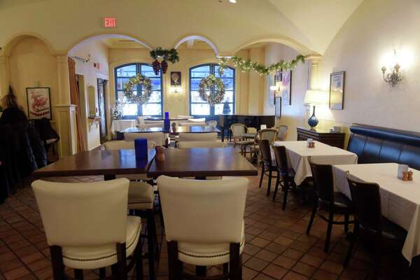 A view inside at Provence restaurant at Stuyvesant Plaza on Monday, Dec. 11, 2017, in Guilderland, N.Y.  (Paul Buckowski / Times Union)