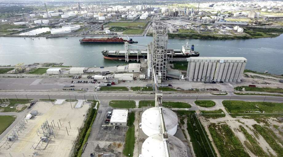 The deepening and widening of the Corpus Christi chip channel has been many years in the making. Photo: Bob Owen /San Antonio Express-News / ©2013 San Antonio Express-News