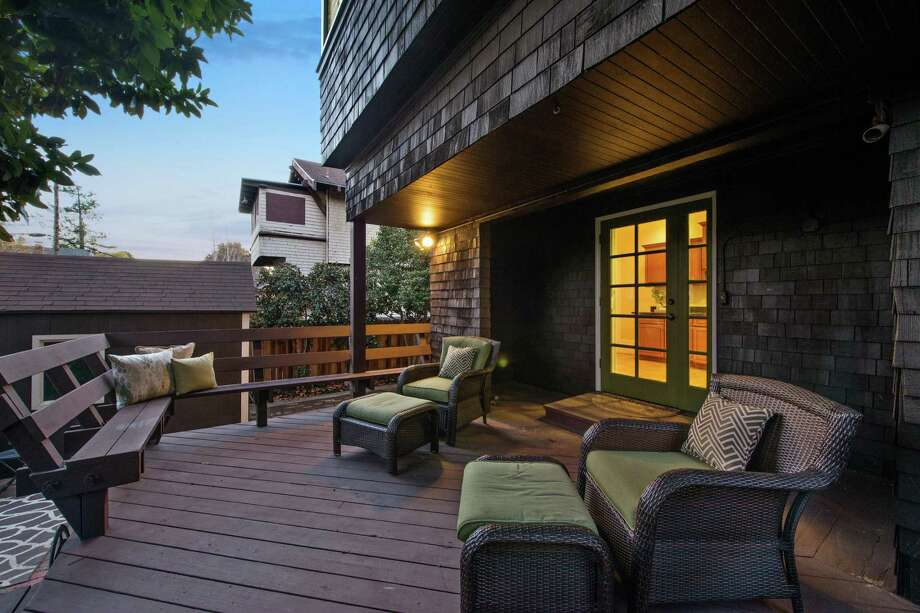 The rear deck stands off the kitchen. Photo: Open Homes Photography / Open Homes Photography