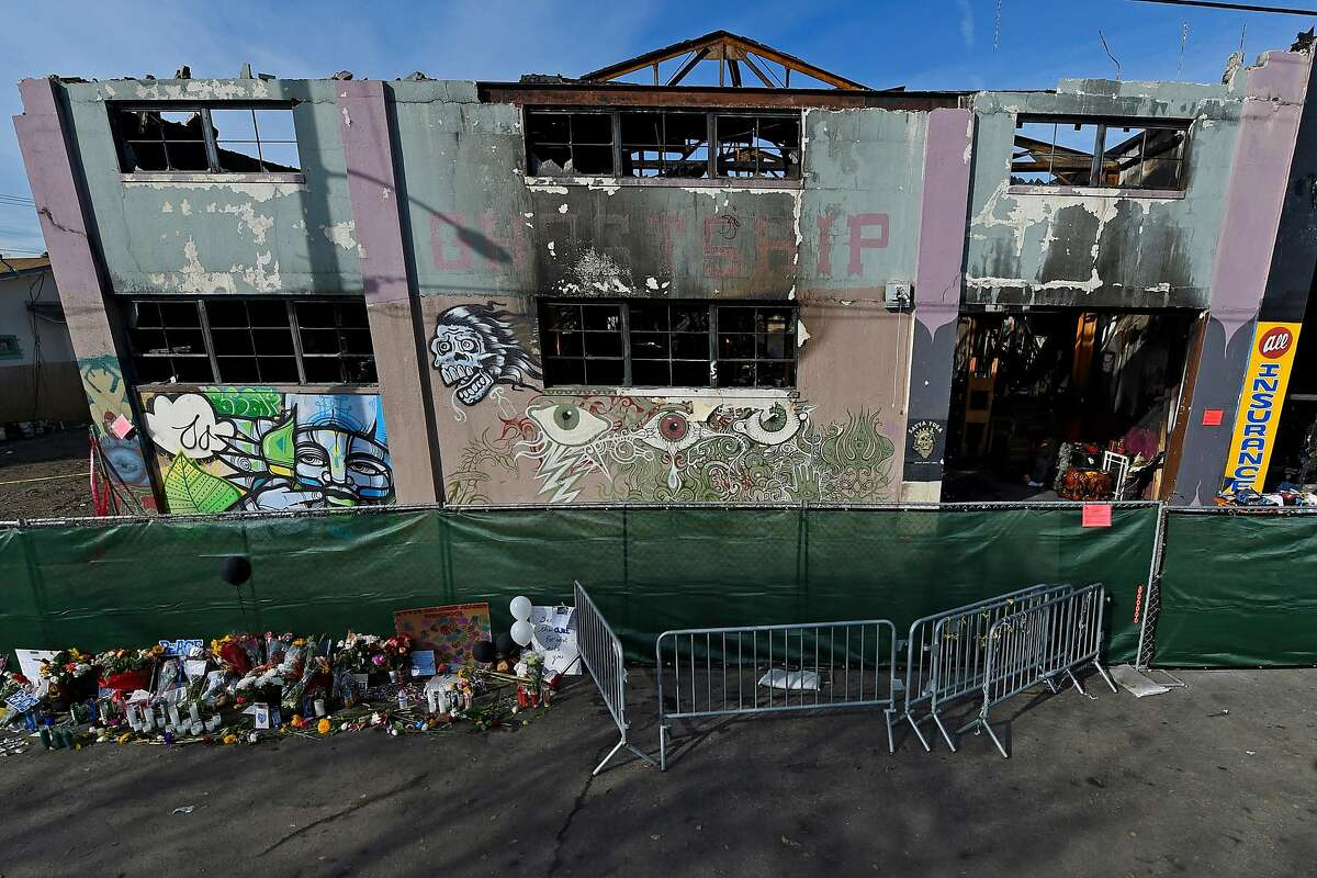 View of the outside of the scorched Ghost Ship warehouse building in Oakland, Calif., on December 12, 2016. The blaze tore through the two-story building on the 1300 block of 31st Avenue, killing 36 people. (Jose Carlos Fajardo/Bay Area News Group/TNS)