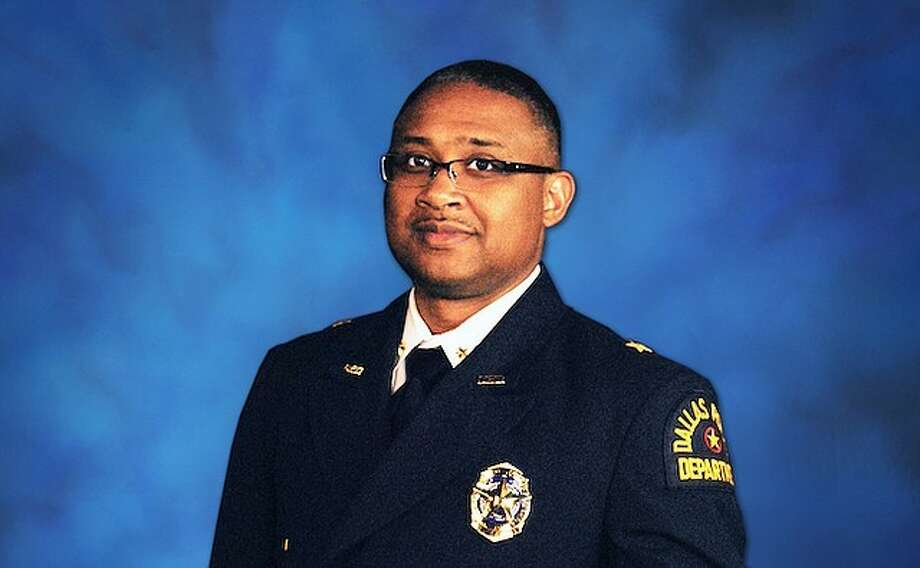 Vernon Hale, the deputy police chief of the Dallas Police Department, will become Galveston city's next chief on Jan. 2, 2018.
