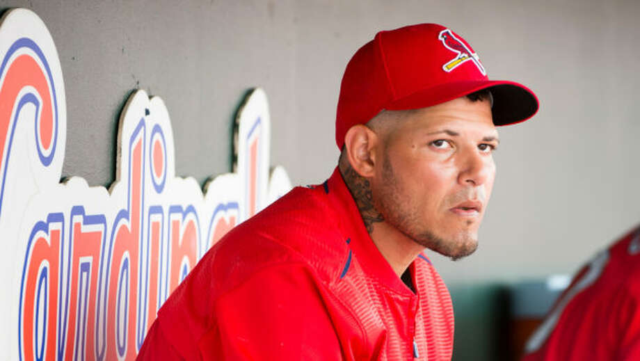St  Louis Cardinals' Yadier Molina Hopes to Catch a Buyer