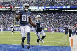 Dez Bryant celebrates his sixth touchdown of the season.