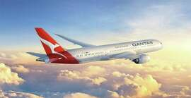 The Qantas kangaroo gets a modernized redesign on the tail of its new 787-9s. (Image: Qantas)