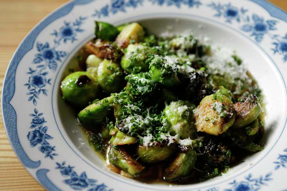 Roasted Brussels sprouts Photo: Melissa Phillip, Houston Chronicle / © 2017 Houston Chronicle