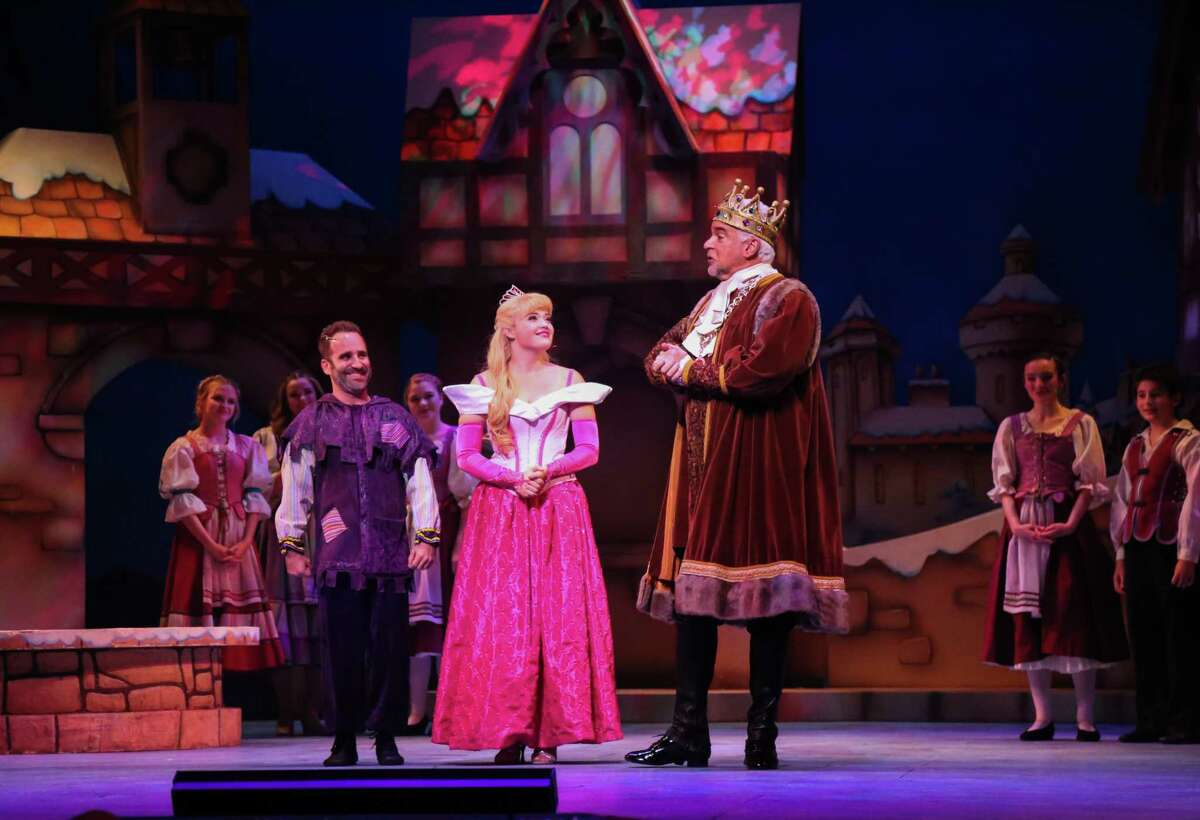 Ben Giroux as Silly Billy, Lauren Taylor as Princess Aurora, and John O'Hurley as King of Houston in TUTS'