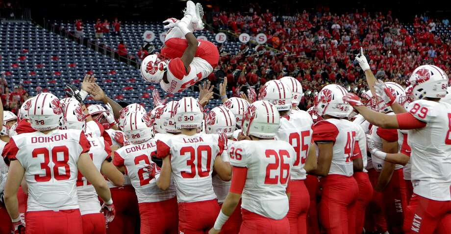 Katy faces Lake Travis in a state semifinal on Saturday at 3 p.m. at Alamo Stadium in San Antonio. Photo: Elizabeth Conley/Houston Chronicle