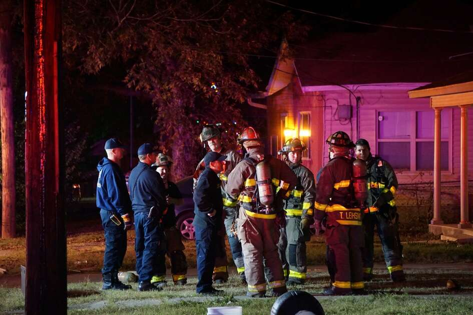 San Antonio police said two men set a home on fire in the East Side 7 p.m. Friday Dec. 15, 2017 in the 1500 block of Center Street.
