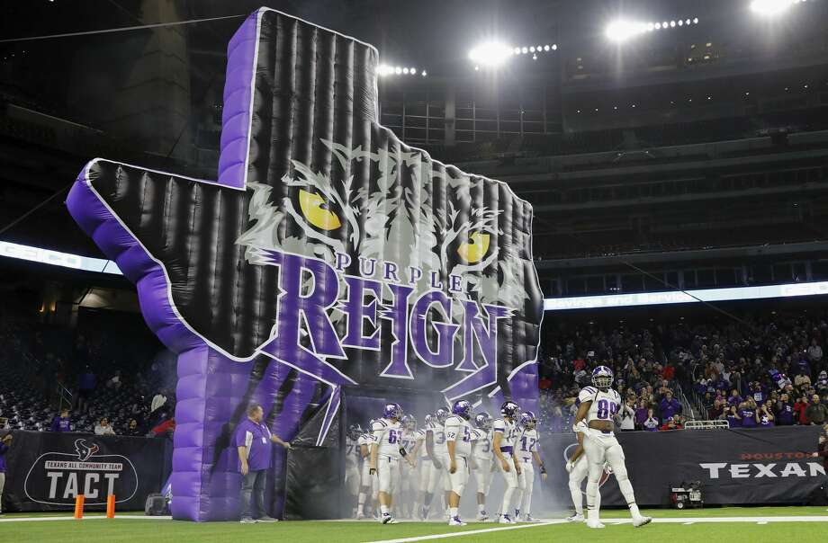 PHOTOS: Manvel vs. AngletonAngleton Wildcats Jesse Herron lll (89) leads the team out of the tunnel before the high school football semifinal playoff playoff game between the Manvel Mavericks and the Angleton Wildcats at NRG Stadium in Houston, TX on Friday, December 15, 2017. Photo: Tim Warner/For The Chronicle