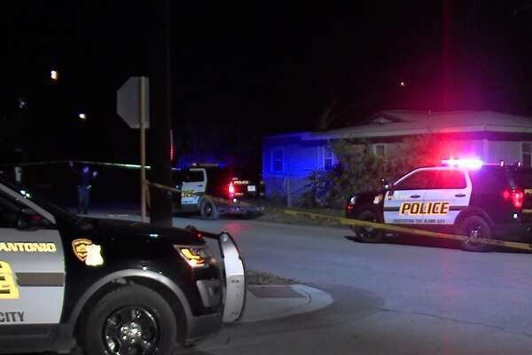 San Antonio police investigate a shooting on the West Side that sent one man to the hospital in critical condition Saturday morning Dec. 16, 2017.