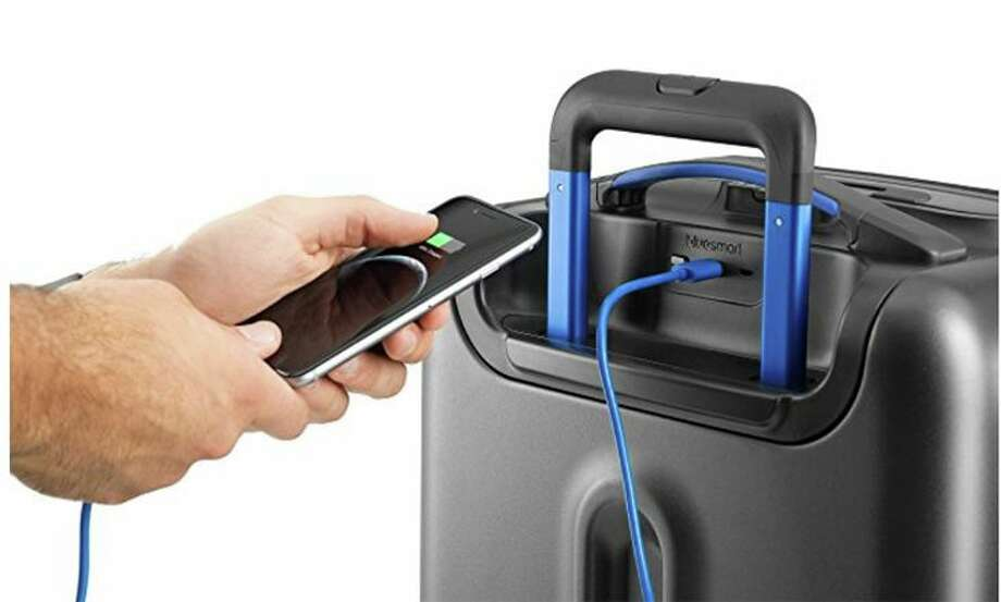 Smart bags are the latest generation of high-tech luggage. (Image: Bluesmart Luggage)