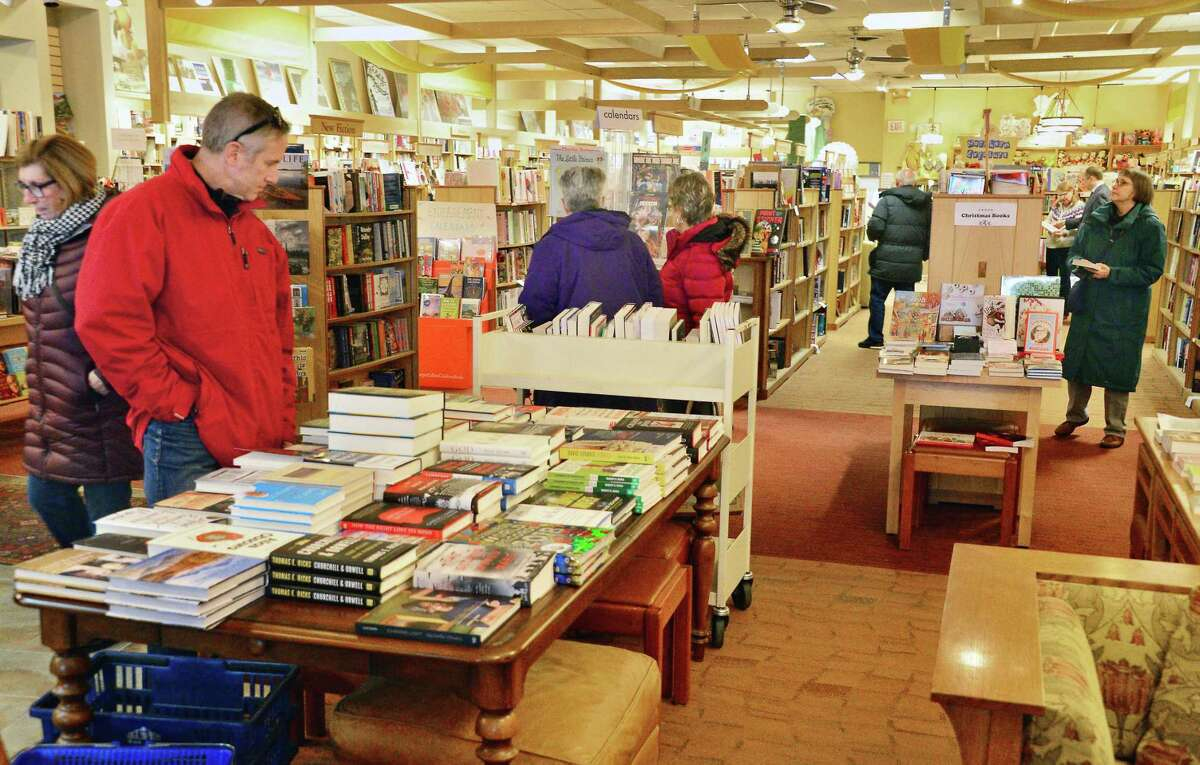 Holiday shoppers inside The Book House at Stuyvesant Plaza Friday Dec. 15, 2017 in Albany, NY. (John Carl D'Annibale / Times Union)