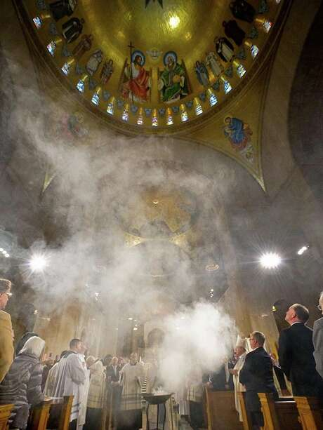 """Incense rises to bless the """"Trinity Dome"""" during the dedication of the Basilica of the National Shrine of the Immaculate Conception in Washington, D.C. Photo: Religion News Service Photo By Matthew Barrick / Matthew Barrick"""
