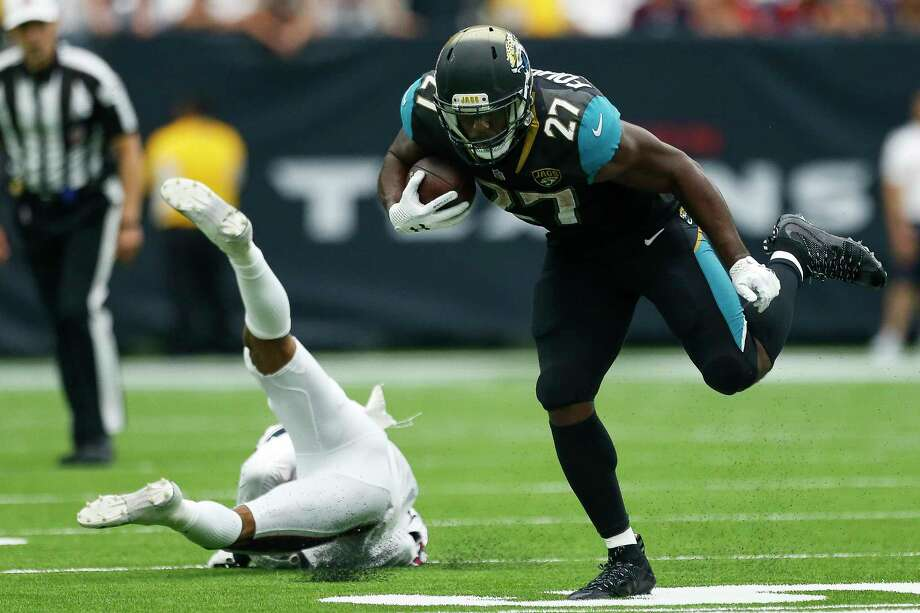 Jacksonville rookie running back Leonard Fournette has been hard to bring down this season in leading the NFL's top-ranked rushing attack. Photo: Michael Ciaglo, Staff / Michael Ciaglo